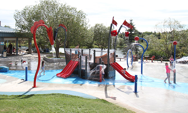 RE/MAX Spray Park in Broadmoor Lake