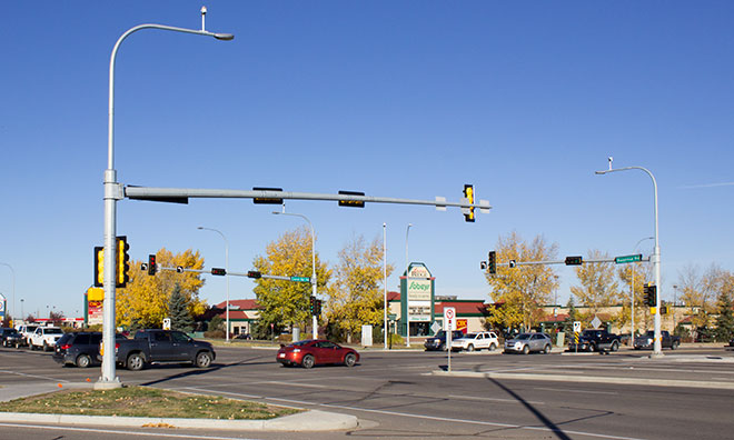 Image of a signalized intersection in Sherwood Park