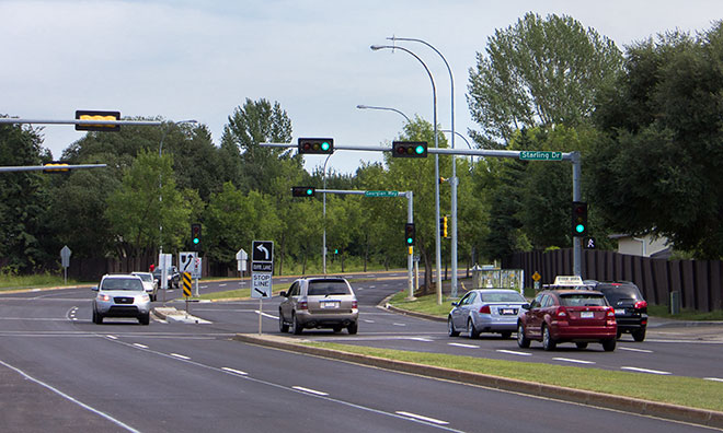 Image of traffic signals along arterial road in Sherwood Park