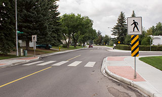 Image showing curb extensions on a road in Sherwood Park.